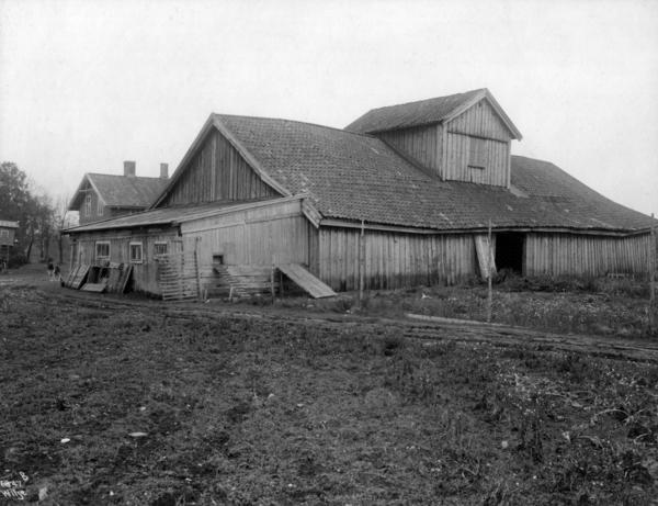 Arklåven på Voldsløkka. År: 1915. Fotograf: Anders Beer Wilse. Norsk Folkemuseum.