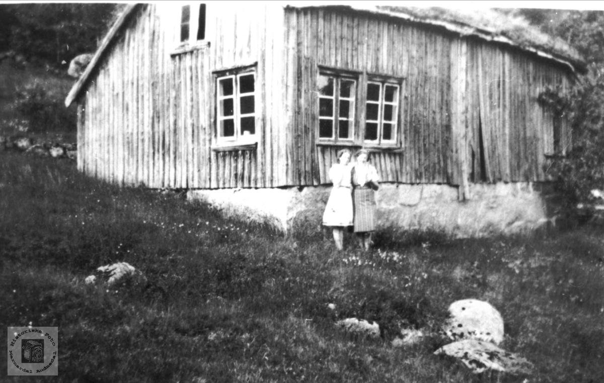 På tur til fars barndomsheim, Solberg i Bjelland.