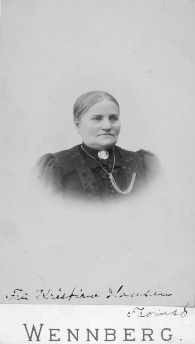 Portrett av en voksen kvinne, Kristianne Hansen