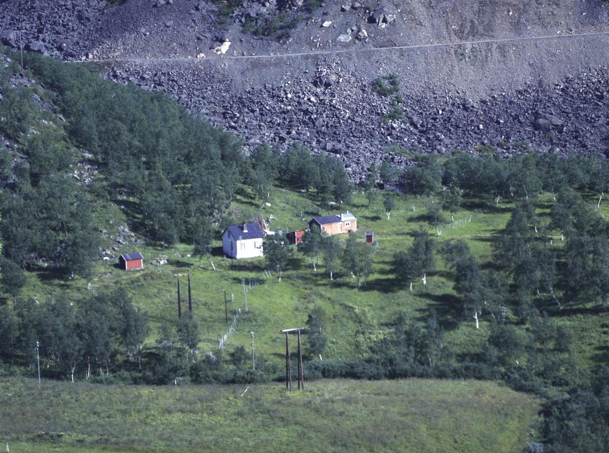 Flyfoto fra Friarfjord. Negativ nr. 122671.