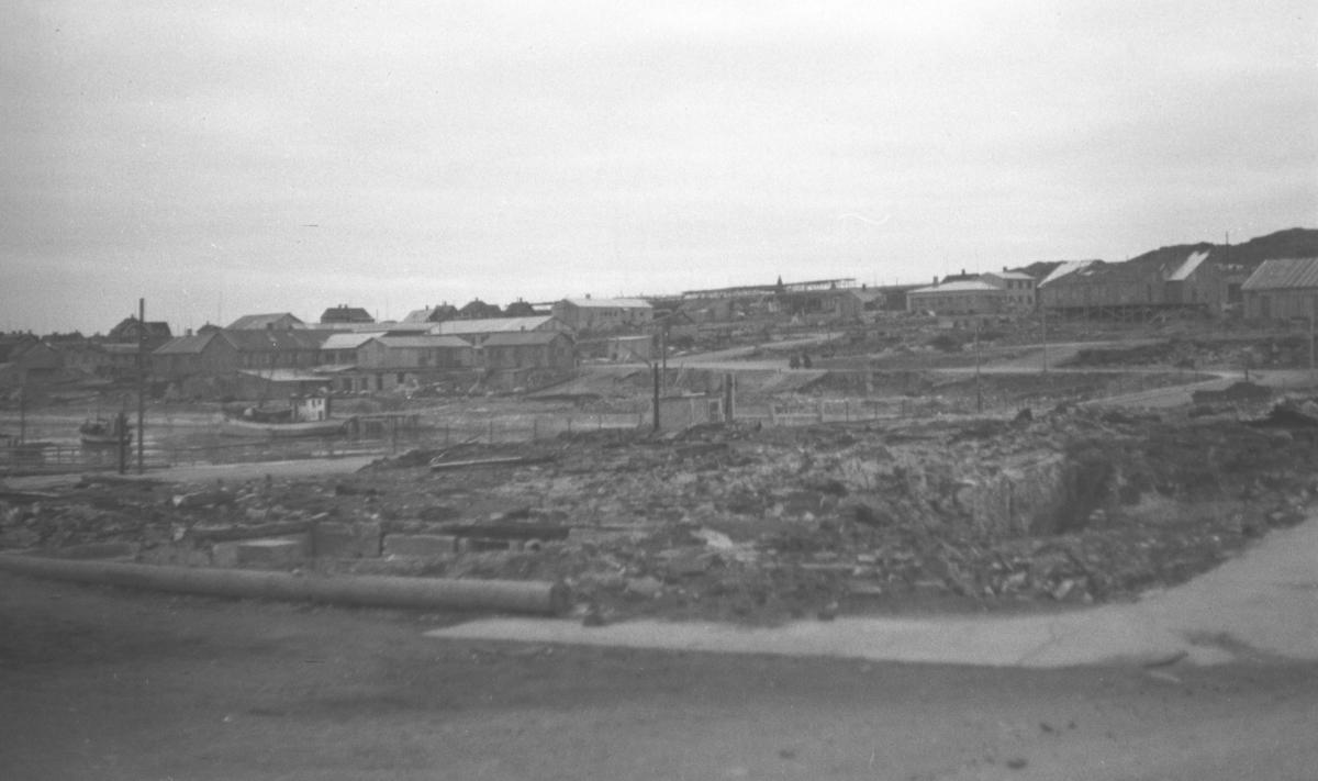 Et delvis rasert Vadsø etter andre verdenskrig.