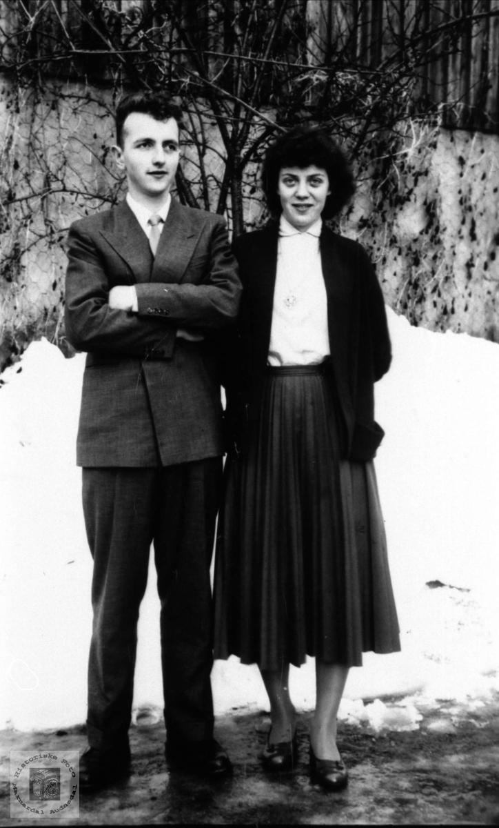 Ektepar in spe. Eiving Rosenvold og Ruth, f. Andersen.