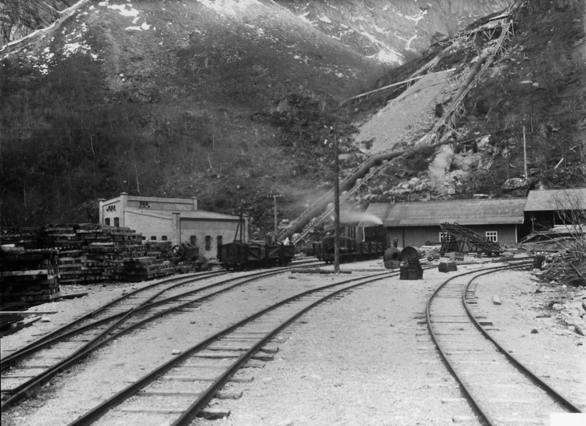 Dalen stasjon på Aurabanen.
