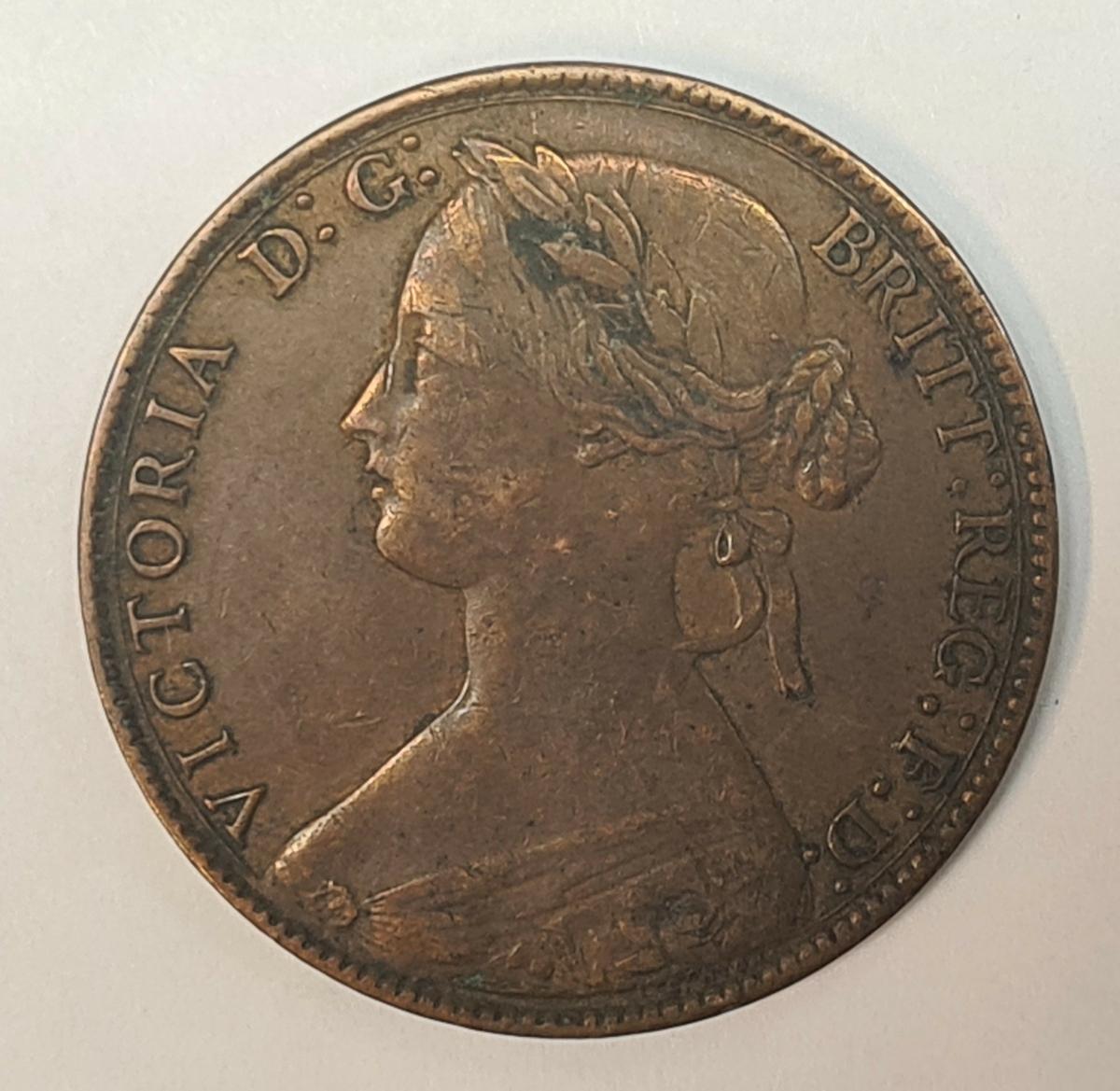 5 mynt från Storbritanien. 1 Penny, 1860 1 Penny, 1861 1 Penny, 1862 1 Penny, 1876 1 Penny, 1889