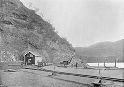 Sulitjelmabanen ved Hellarmoen stasjon.