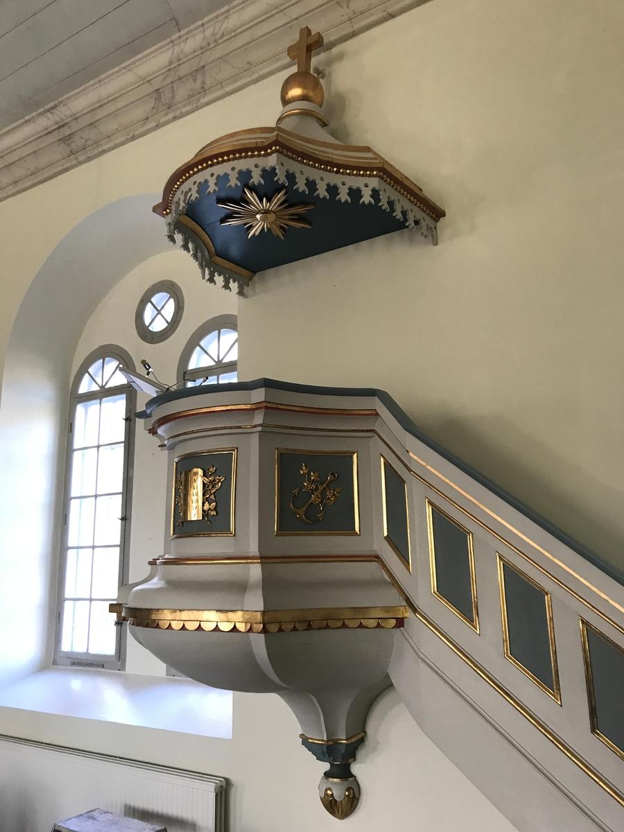 Bankeryds kyrka, Jönköpings kommun. Predikstol tillverkad 1865 av Anders Johansson.