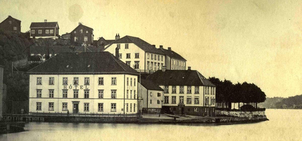 Arendal og omegn - Fra John Ditlef Fürst fotoalbum - Langbryggen  - Nedre Batteri - AAks 44 - 4 - 7 - Bilde nummer 40
