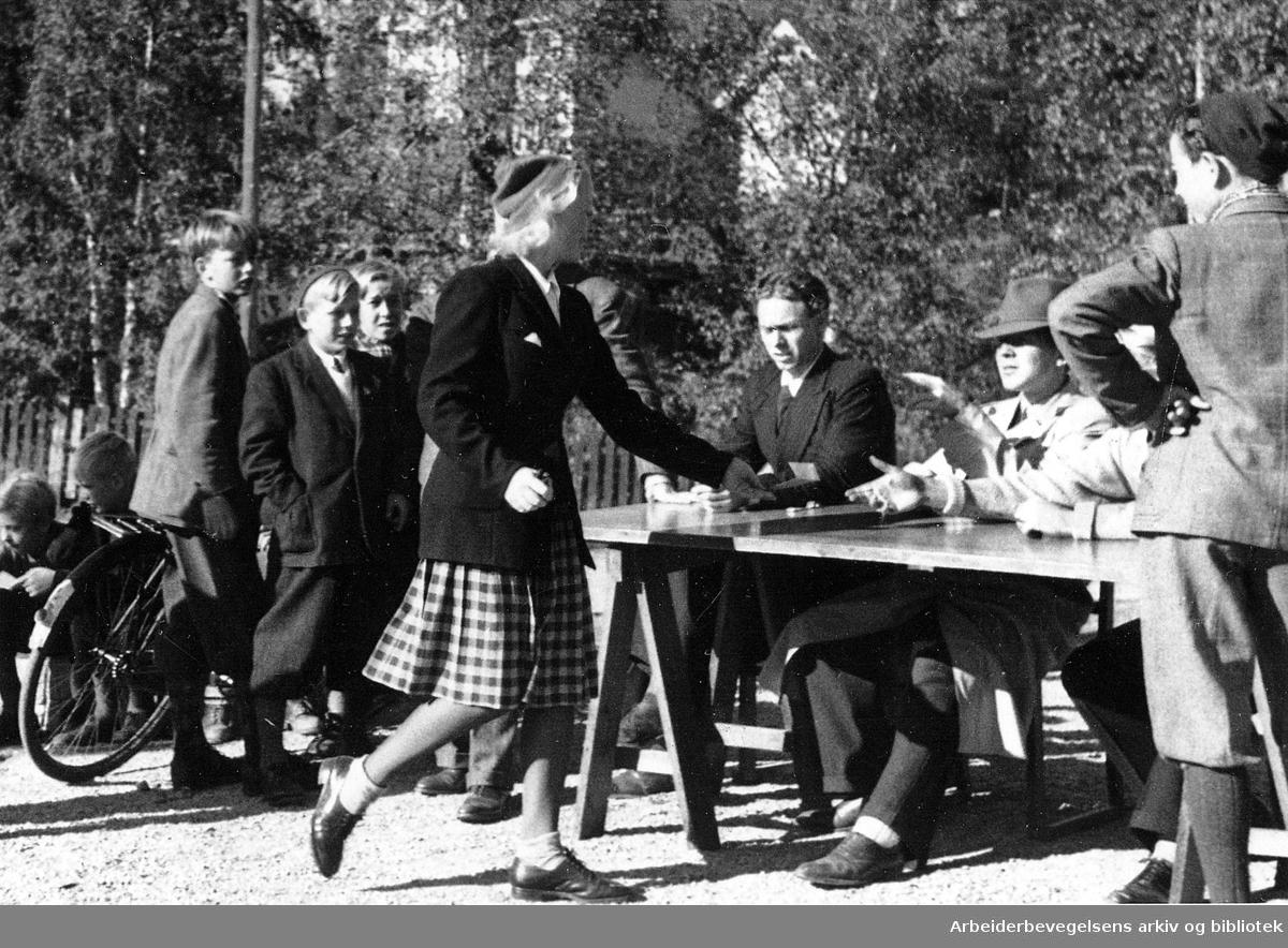 Fredsmarsj, Nordstrand,.høsten 1945.