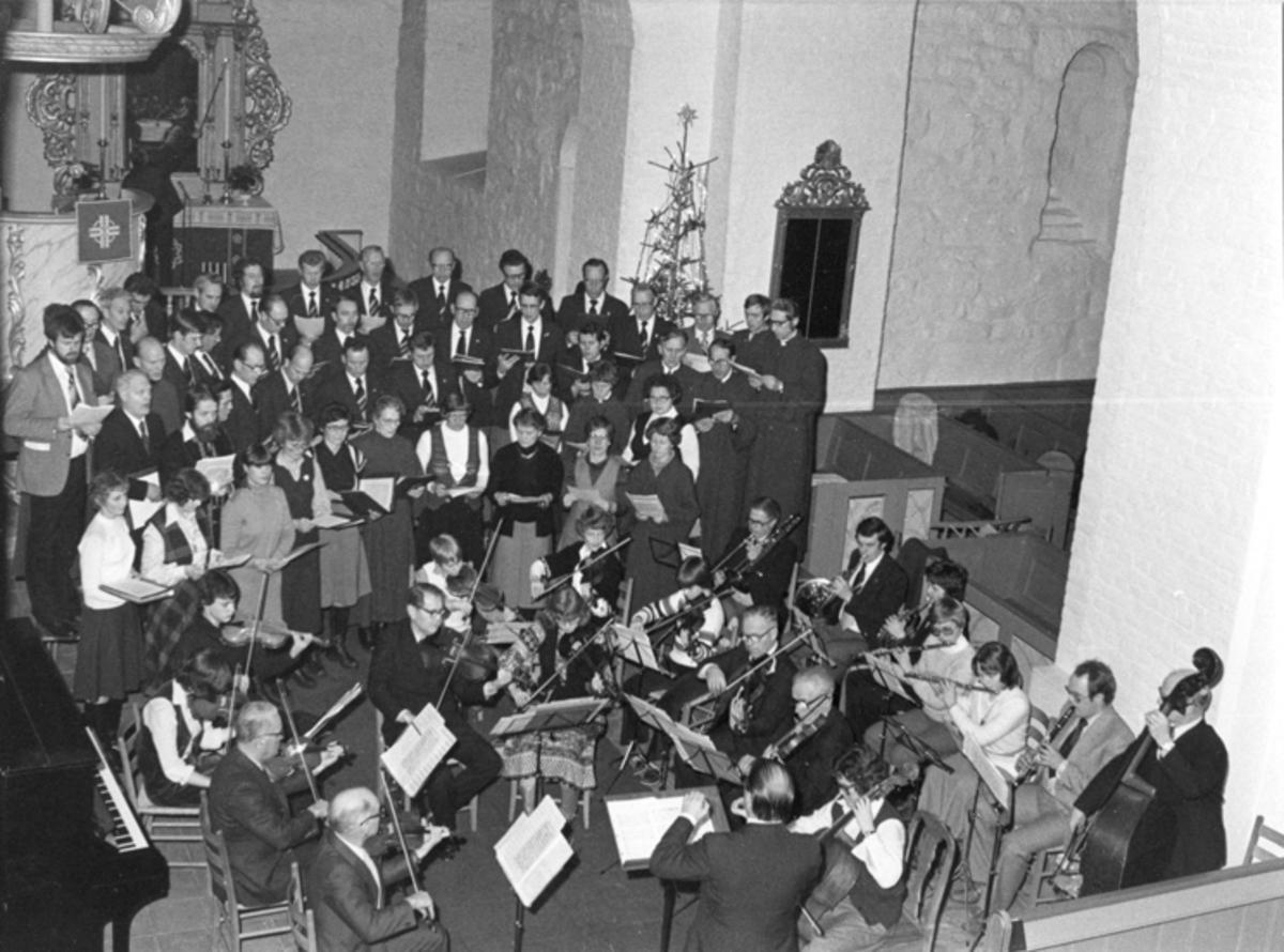 Kor og orkester i Eidsvoll Kirke