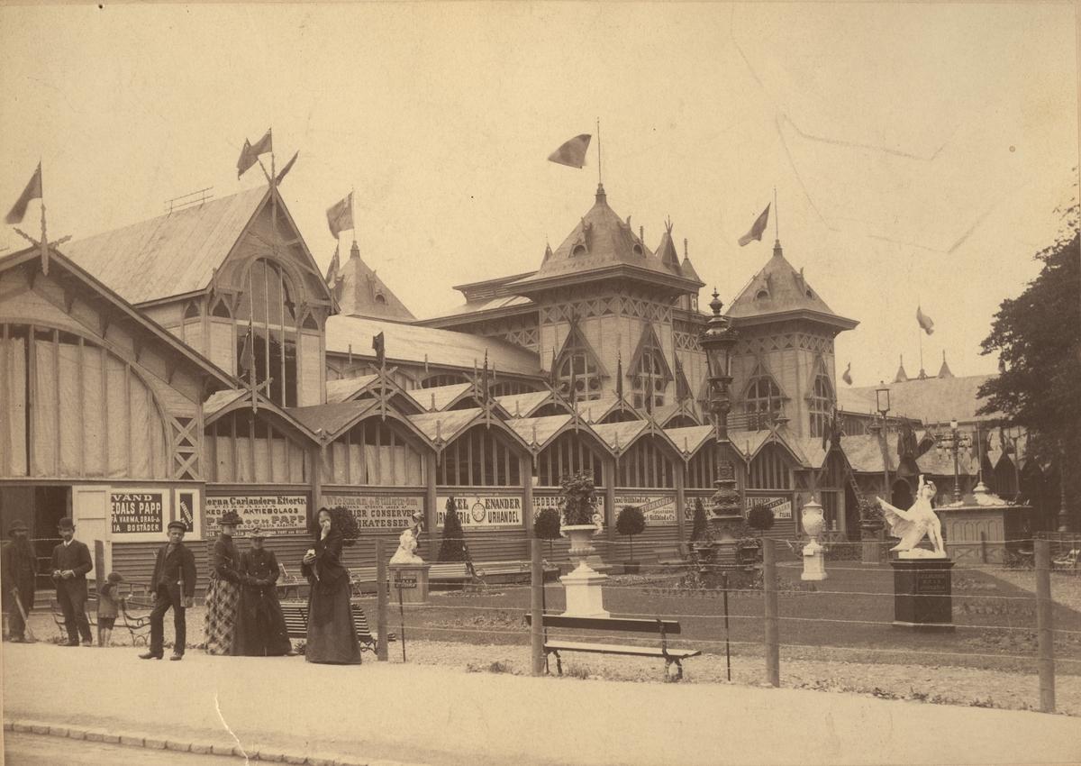 Industriutställningens byggnad i Götebrog vid Exercisheden 1891.