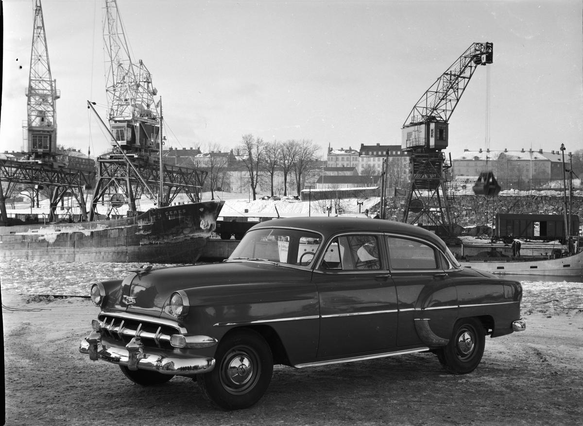 Bil av märke Chevrolet 201 , 1954.