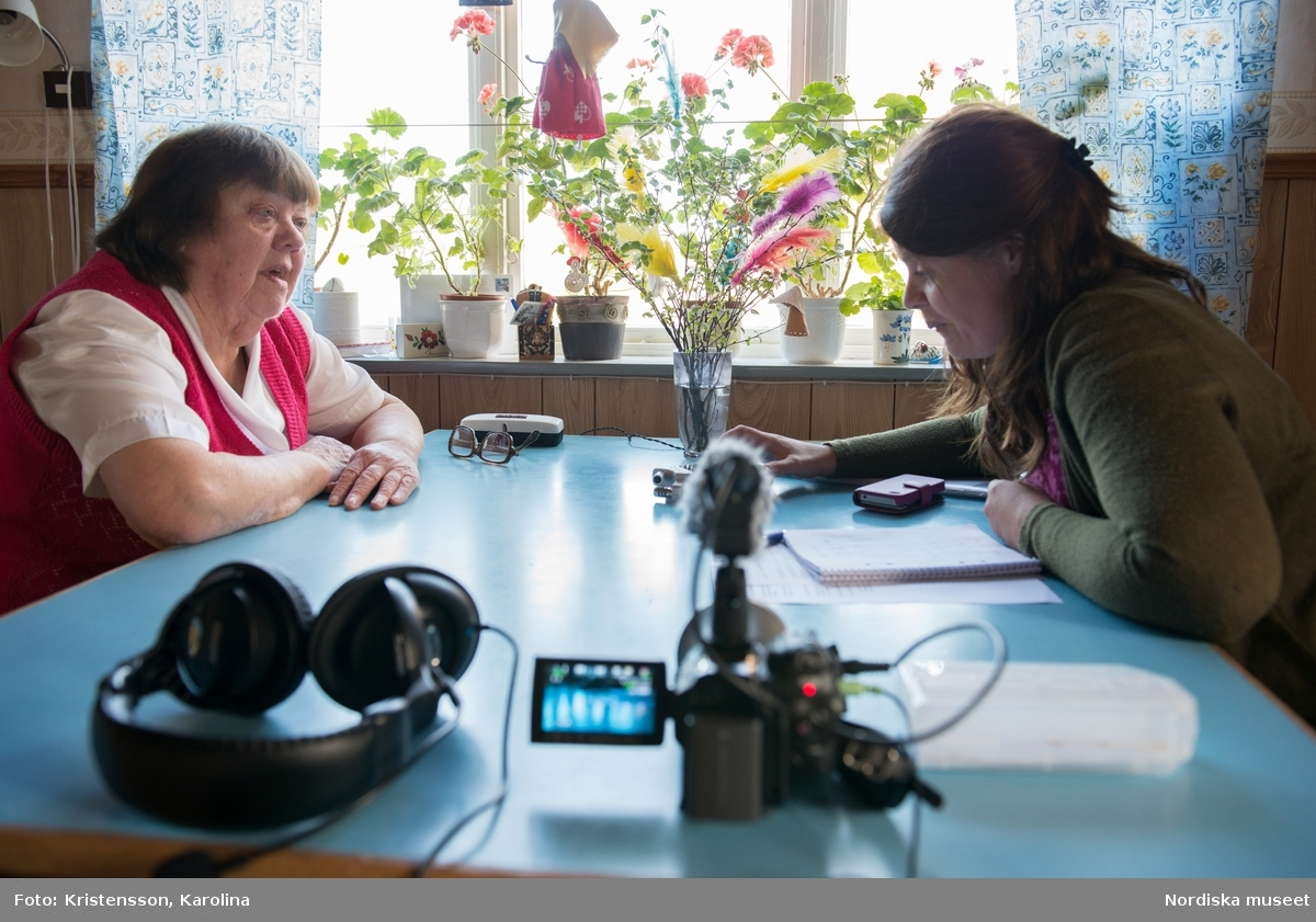Valborre i Dala-Floda, dokumentation D494, tillsammans med Anna-Karin Jobs-Arnberg. Intervju med Karin Bergman