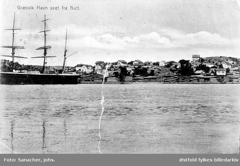 Gressvik havn i Onsøy ved Fredrikstad med seilskute, postkort.