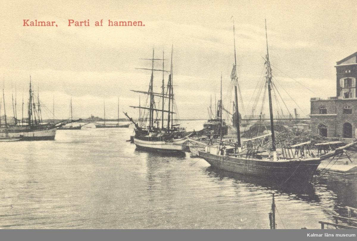 Vykort med motiv från Elevatorkajen i Kalmar.