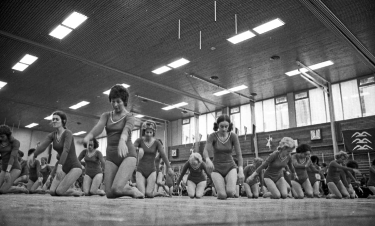 Turnfestival - 23/6 - 26/6 1972. Åpningen. Lagoppvisning.