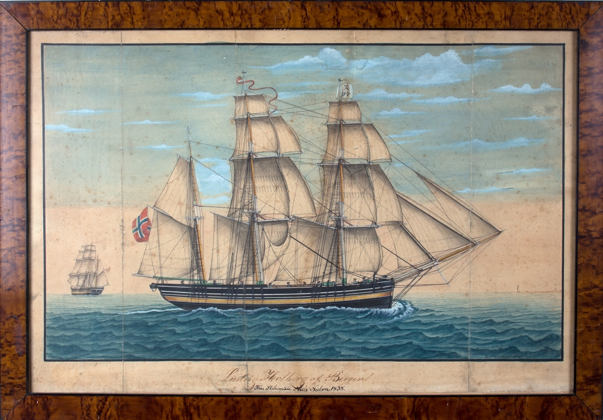 Skipsportrett av bark LUDVIG HOLBERG . TIl venstre i motivet sees samme skip sett fra akter. Til høyre i horisonten skimtes landstripe med fyrtårn. Fører signalflagg med X 114, og rent norsk flagg i akter.