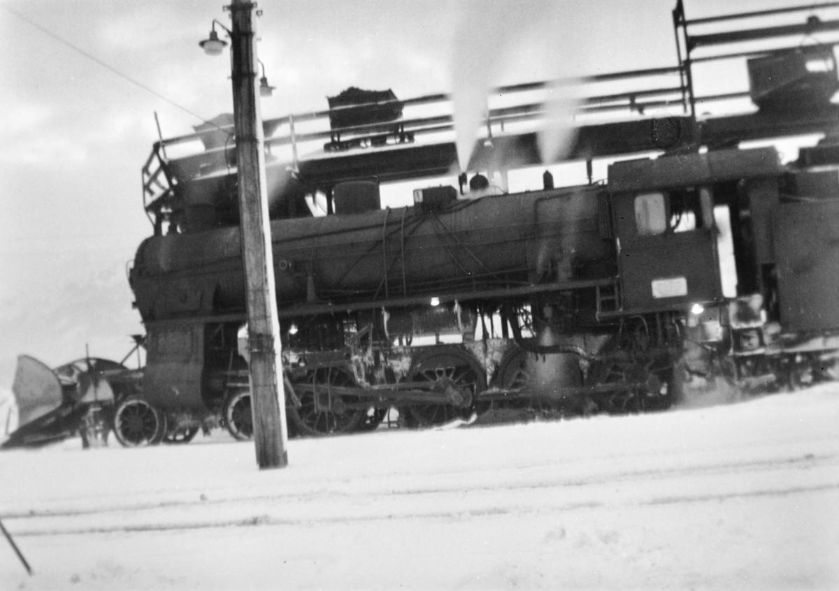 Damplokomotiv type 31b nr. 419 på Bergen stasjon.