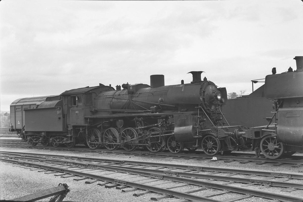 Damplokomotiv type 26c nr. 413 på Marienborg.