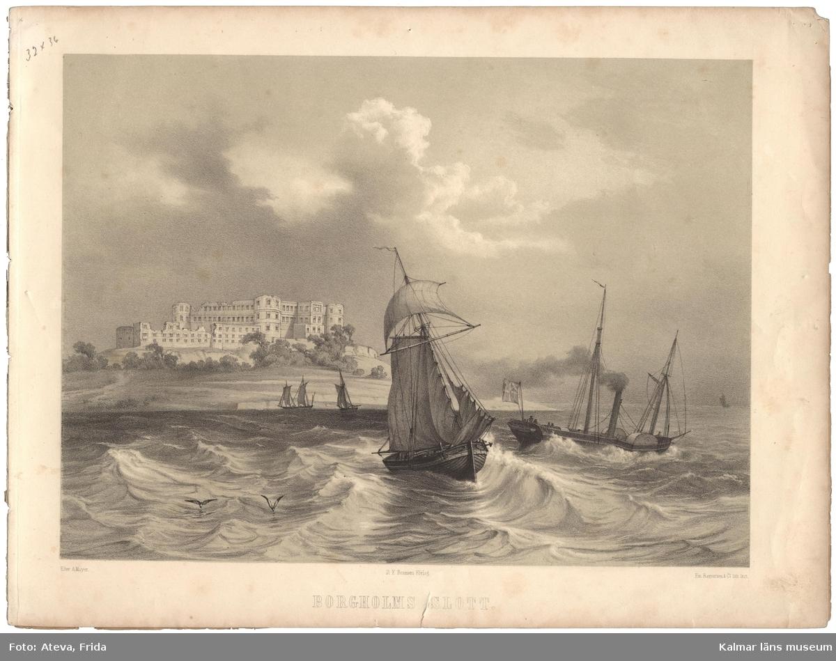 Kalmarsund med fartyg och Borgholms slott i bakgrunden.