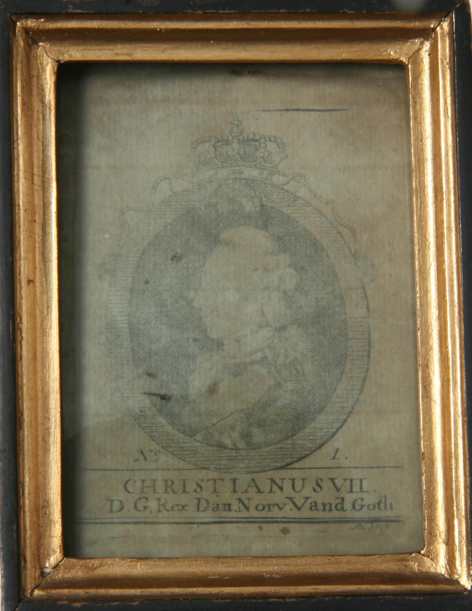 Glass, sort og forgylt ramme, portrett av Christian VII.