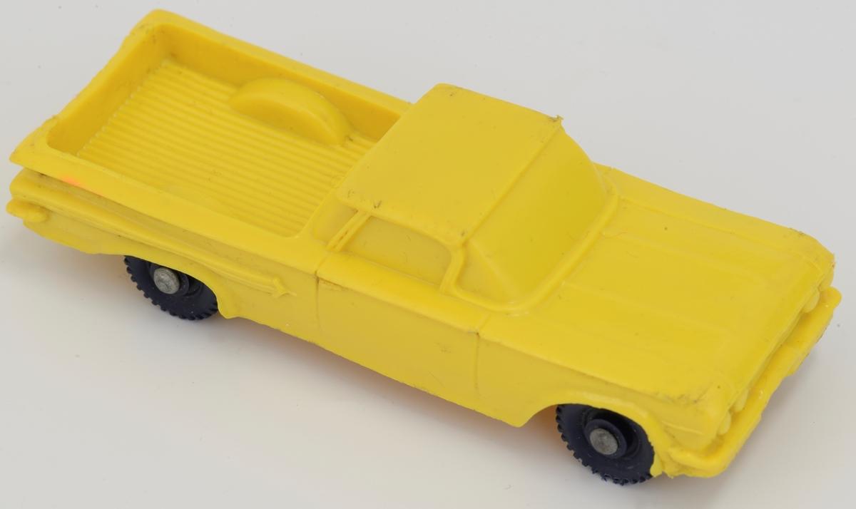 """Gul """"pickup"""" i myk plast - Chevrolet ? Sorte plasthjul Metalllnav"""
