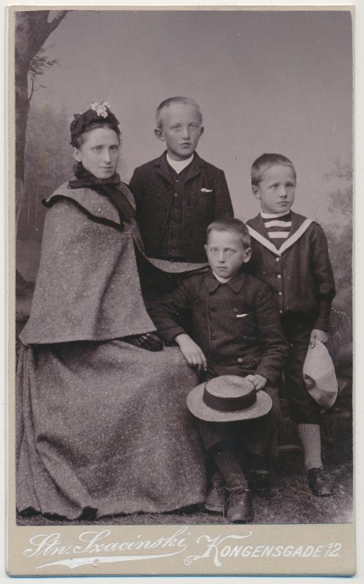 Portrett av en familie.