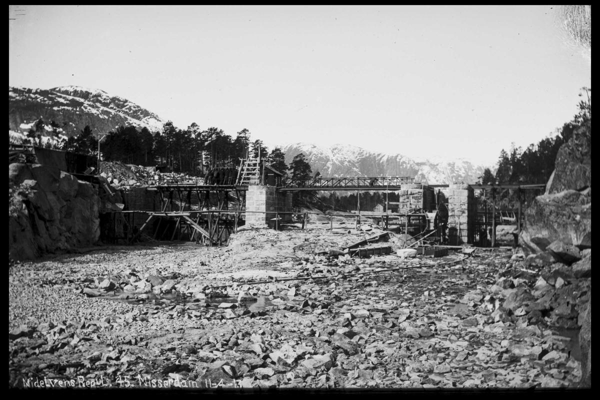 Arendal Fossekompani i begynnelsen av 1900-tallet CD merket 0474, Bilde: 57 Sted: Nisser Beskrivelse: Damanlegg