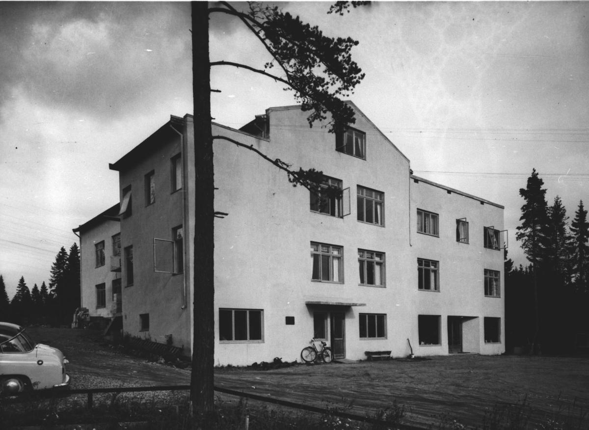 Ra - Gla, fabrikk for elektrisk belysning.
