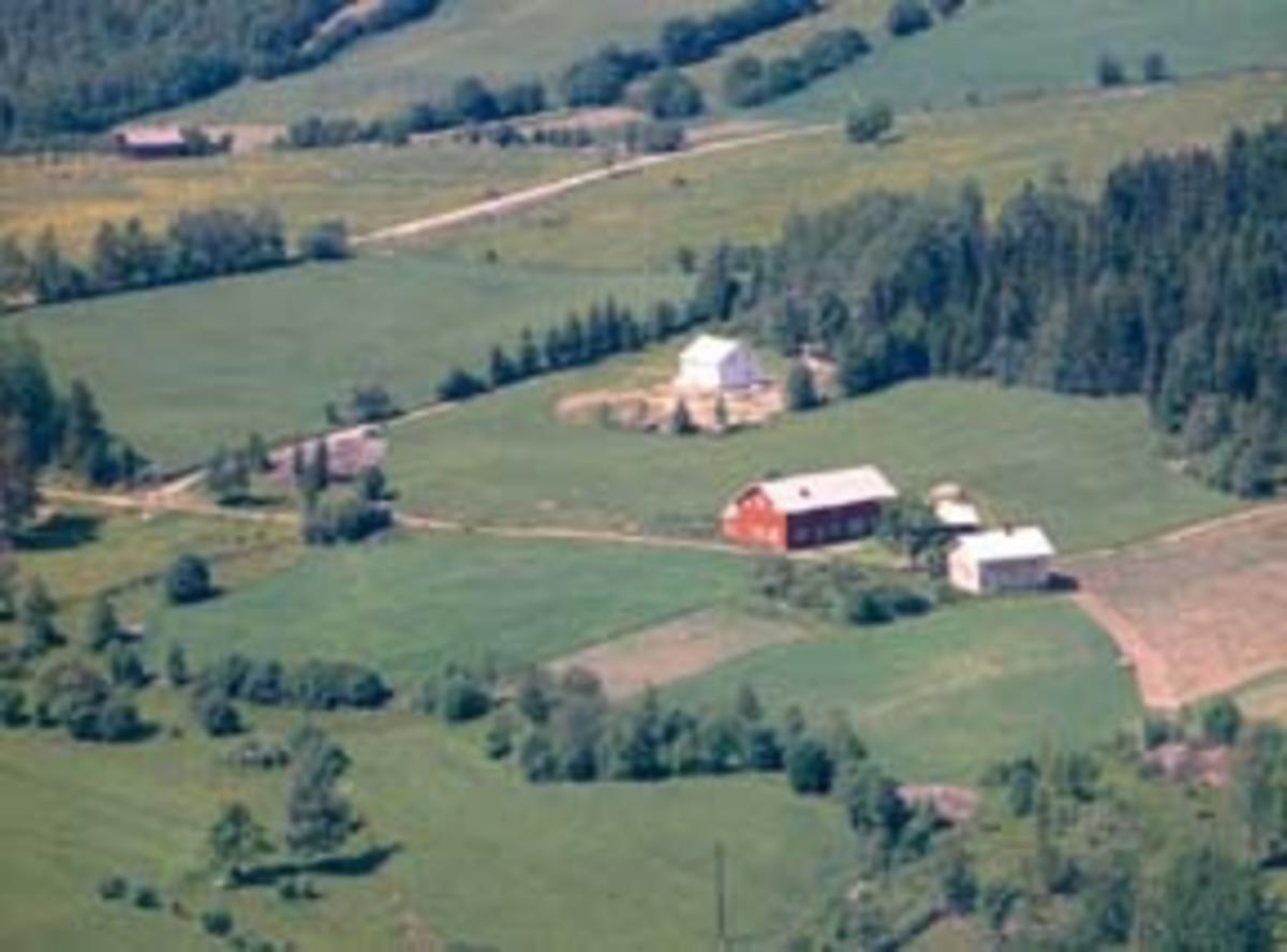 Flyfoto av Roterud, Furnes, Ringsaker.