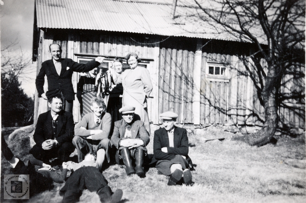 På tur til husmannsplassen Høylombakken i Konsmo.