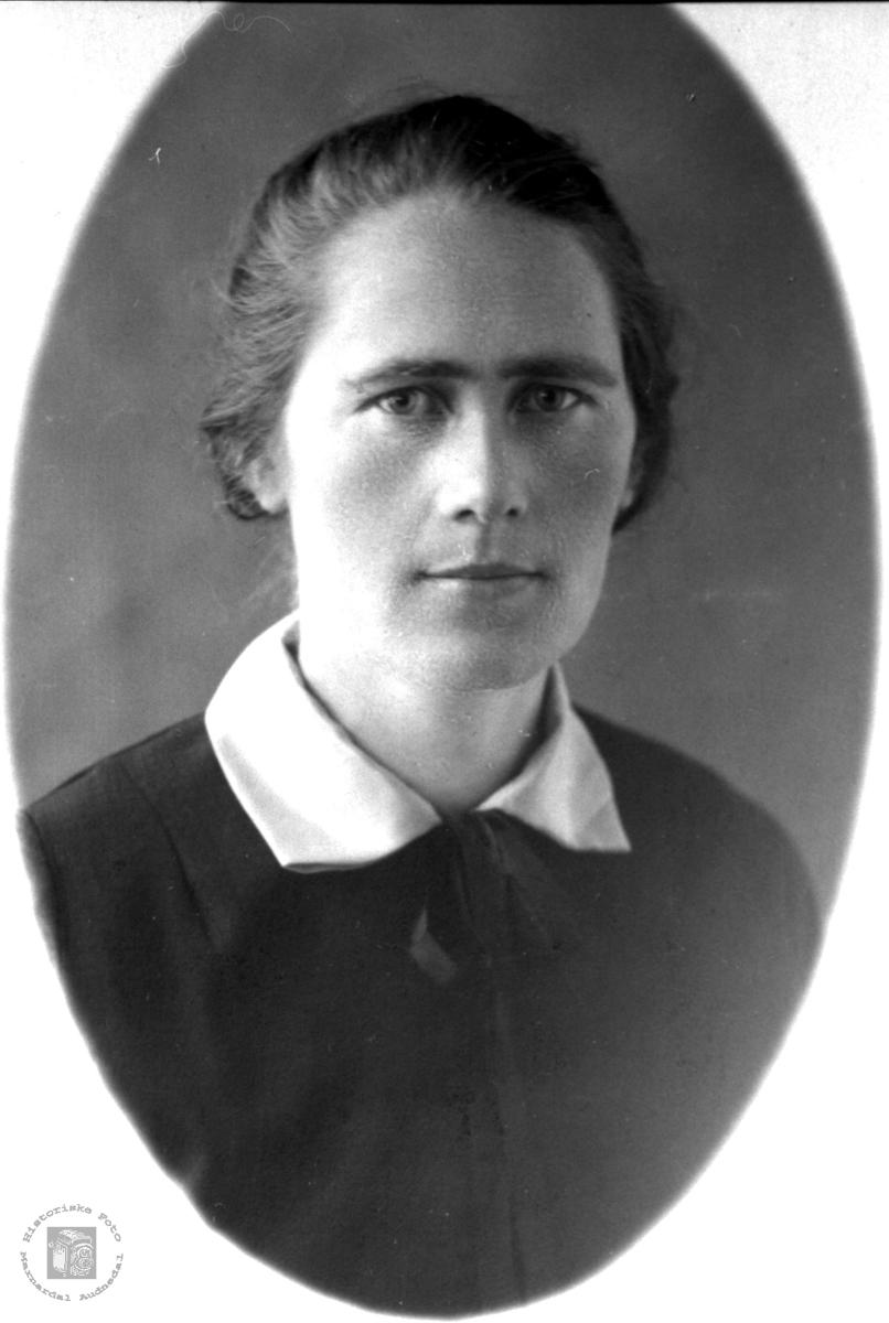 Portrett av Gunvor Ødegård, tidligere Bjelland, nå Audnedal.