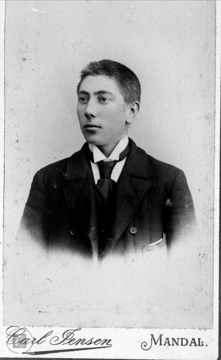 Portrett av Jakob Finsdal, Øyslebø.