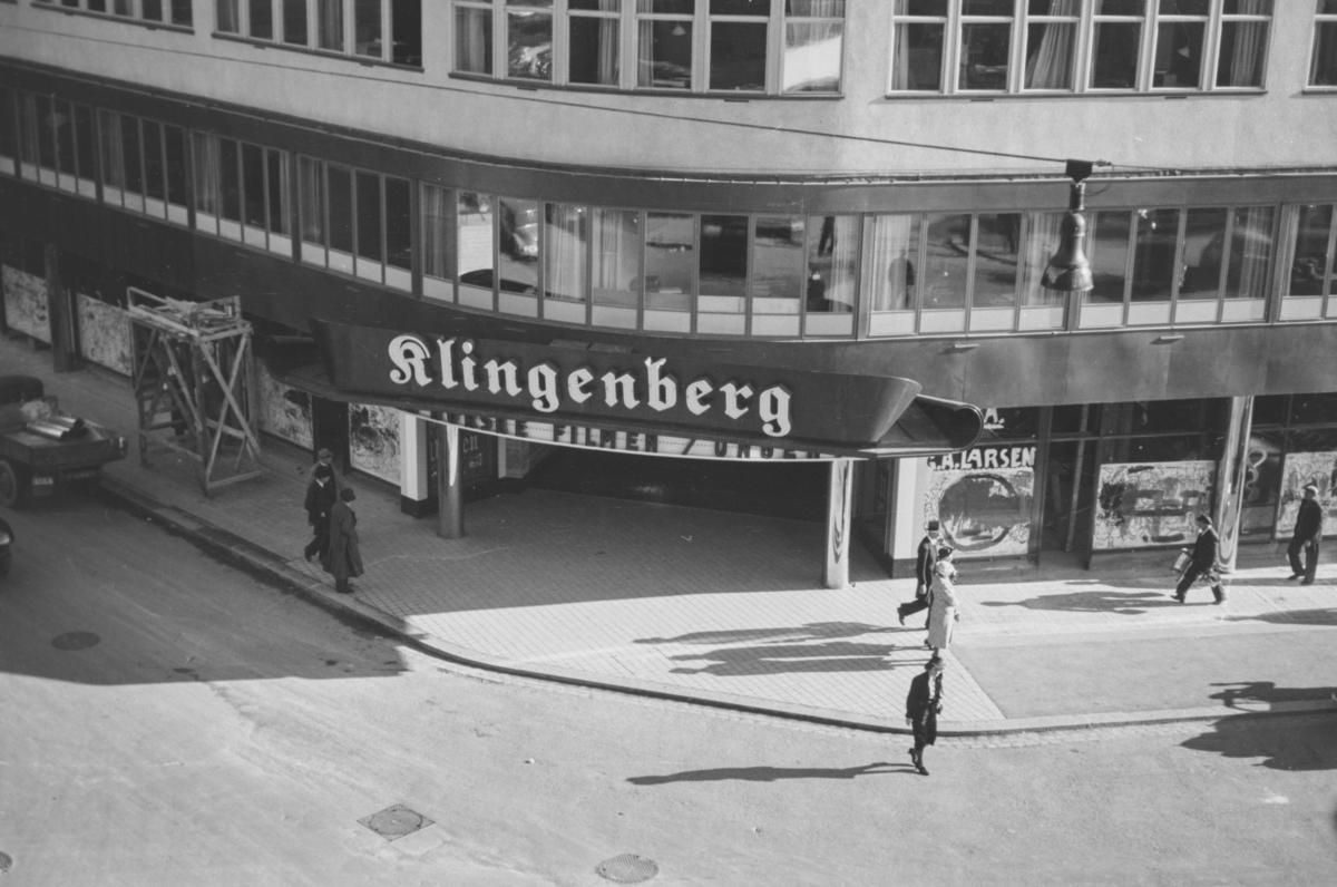 Fasaden på Klingenberg kino kort tid etter åpningen 6. oktober 1938. Åpningsfilmen var den norske filmen Ungen.
