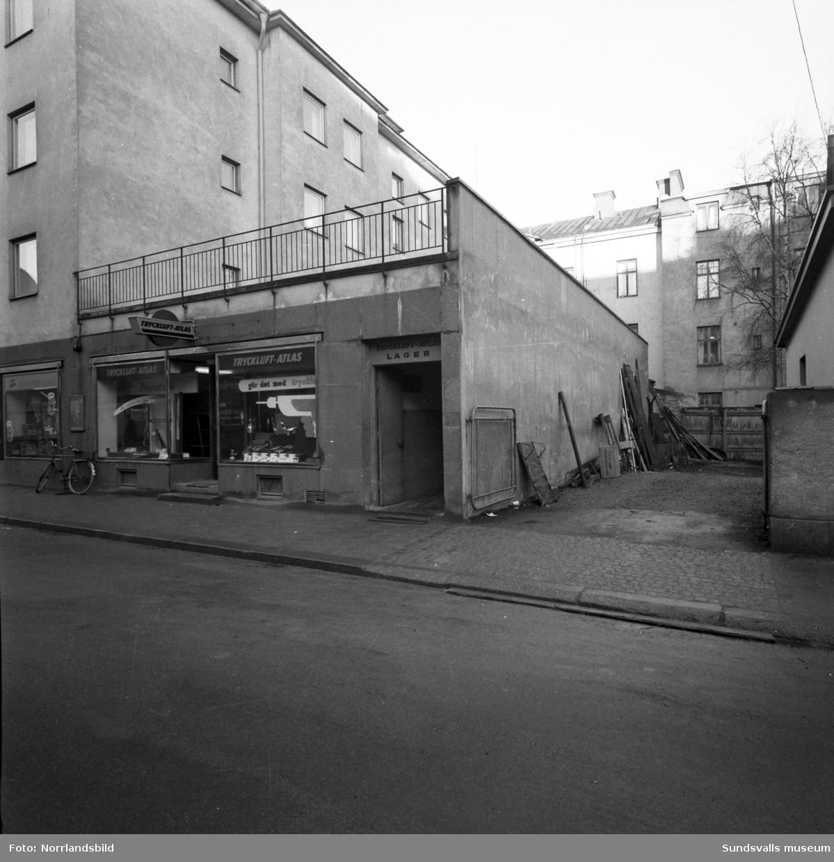Atlas Copcos verkstad på Trädgårdsgatan 12, exteriör- och interiörbilder.