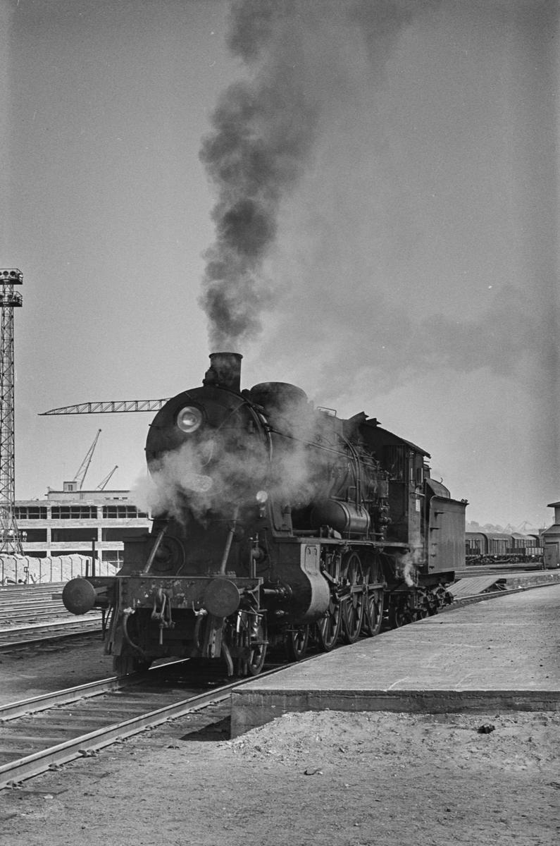 Damplokomotiv type 30b nr. 365 på Trondheim stasjon.