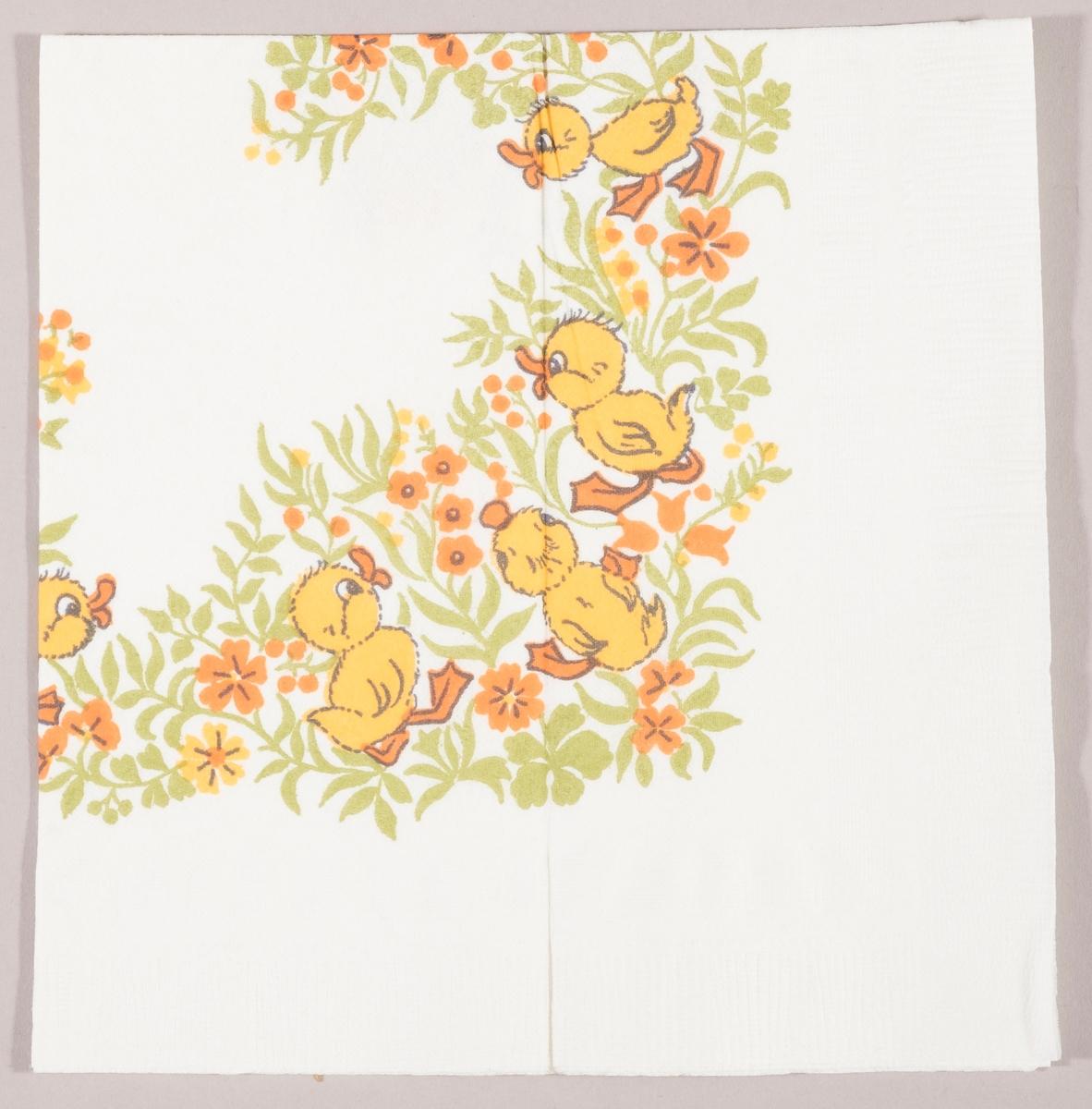 Andunger i en blomstereng med gule og oransje blomster.