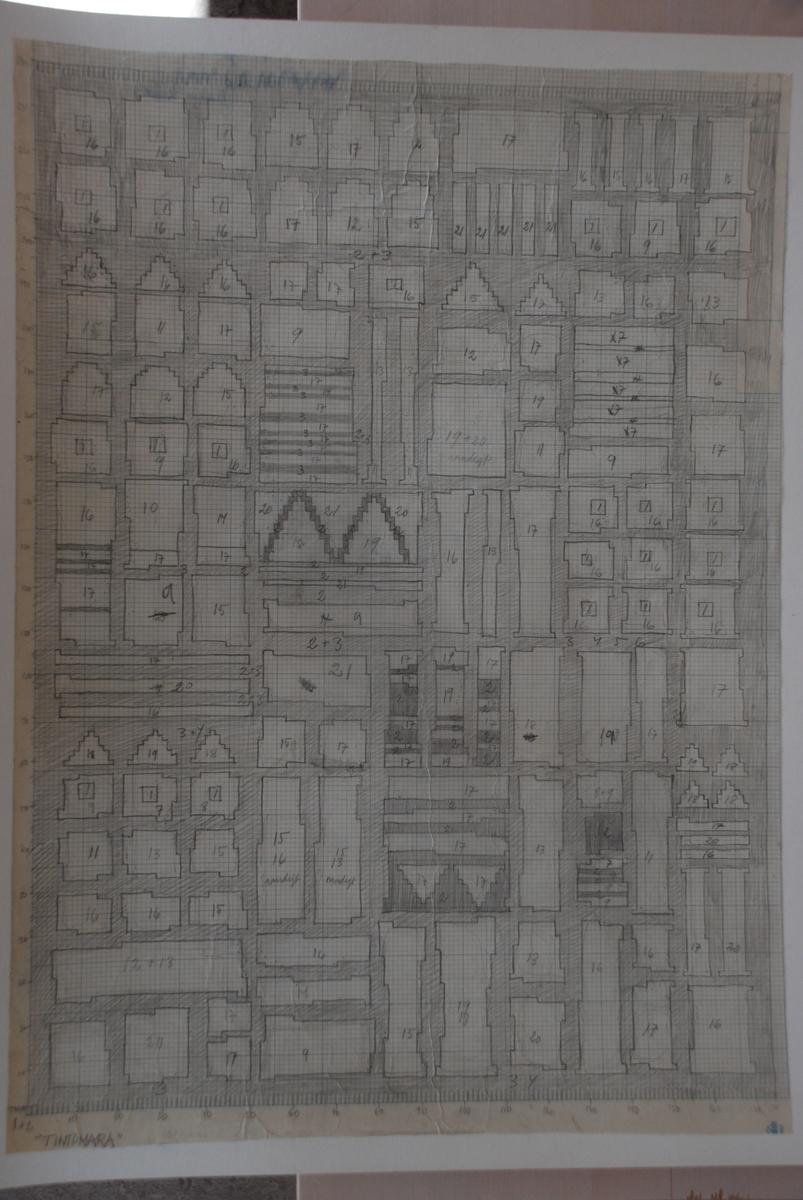 Skisser till rölakansmattor komponerade av Anita Persson.