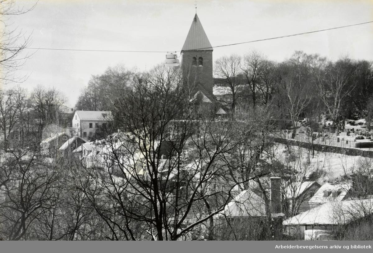 Gamle Aker kirke. Januar 1994