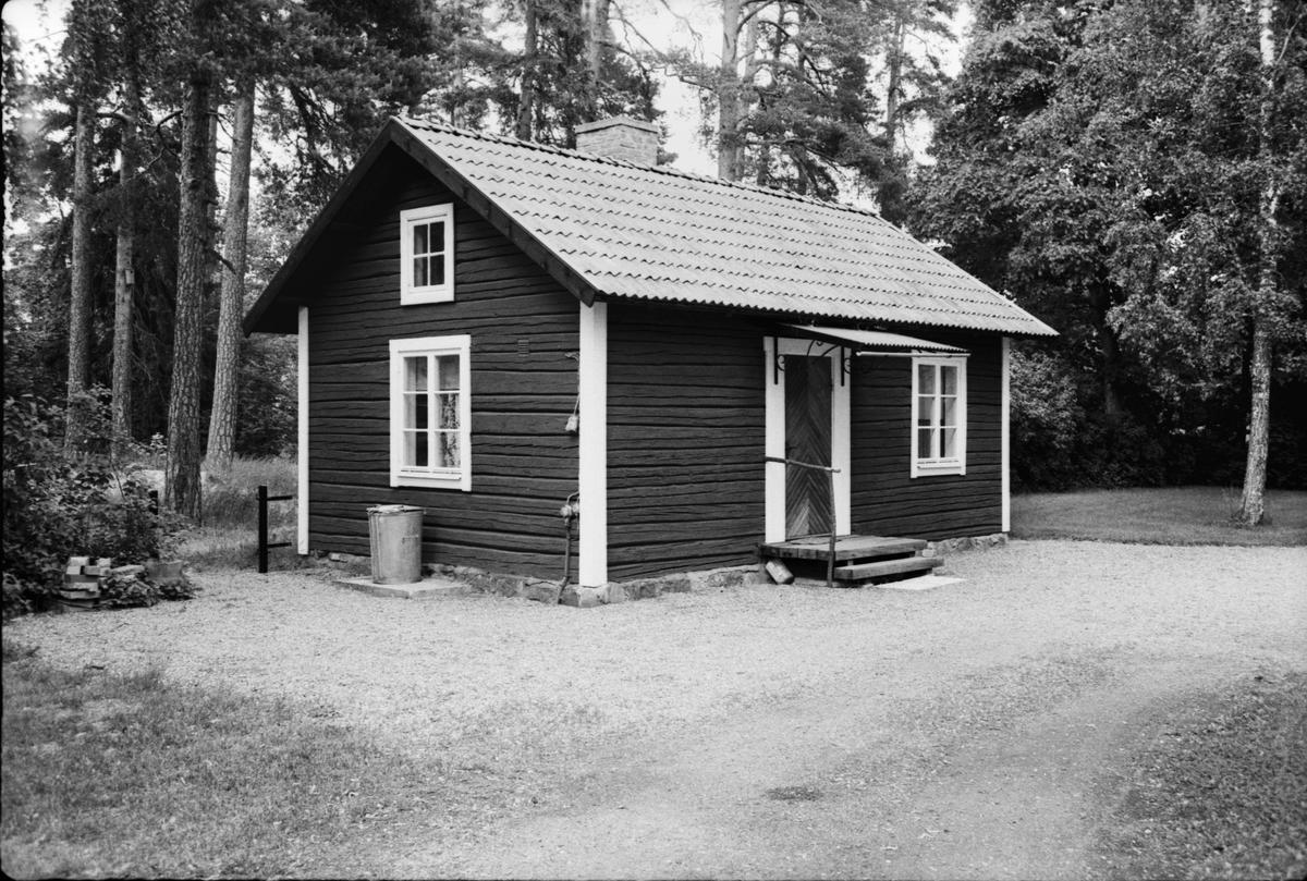 Före detta bryggstuga, Marma 3:13, Båtsmansvägen 26, Älvkarleby socken, Uppland 1979
