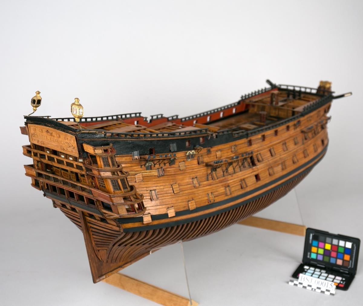 Modell av britisk linjeskip ROYAL GEORGE