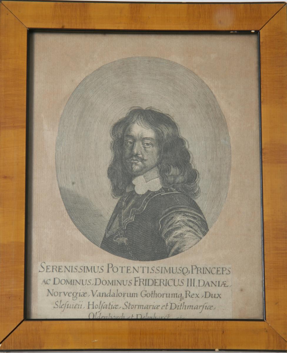 Glass, brun og sort ramme, portrett av Fredrik III som prins, tatt fra en bok?