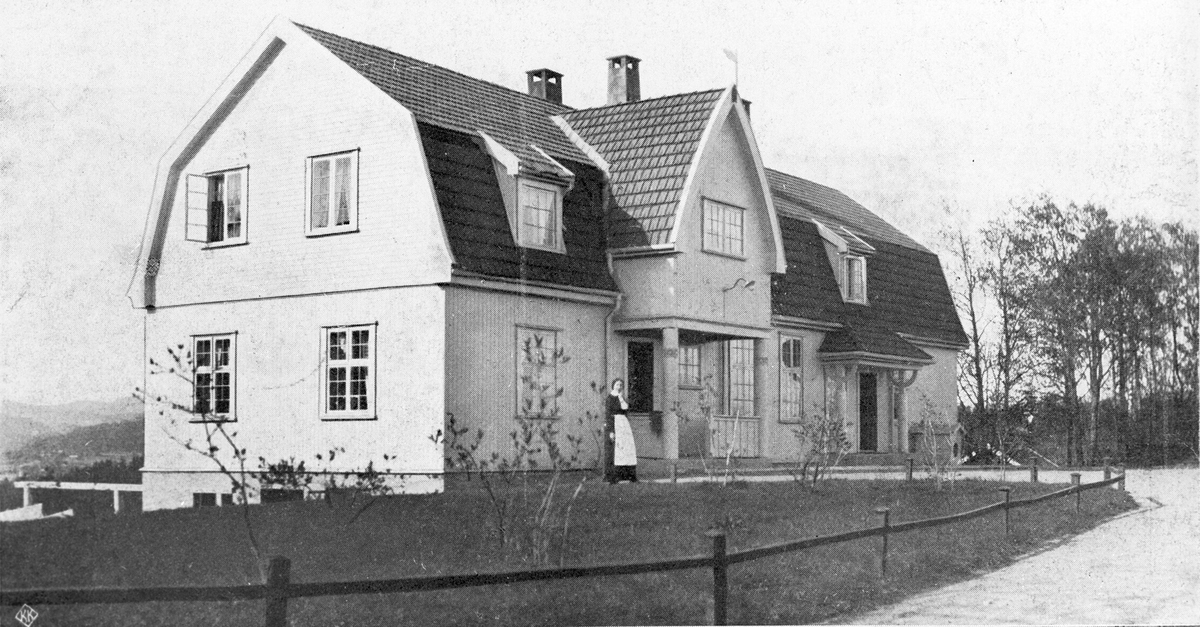 Økonomi bygn.på Emma Hjort Bygget 1909, arkitekt I.O.Hjorth  fra 5 års-  meld. 1910-15