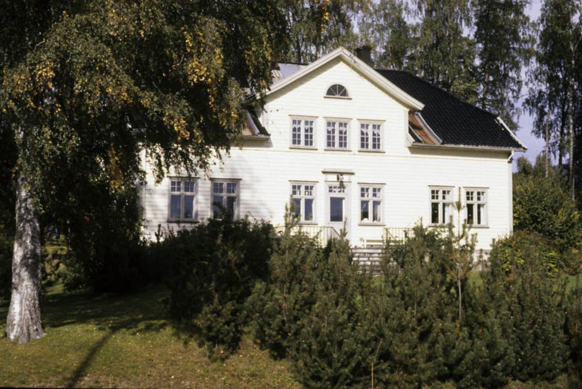 Hurdal, Huldrehaugen.