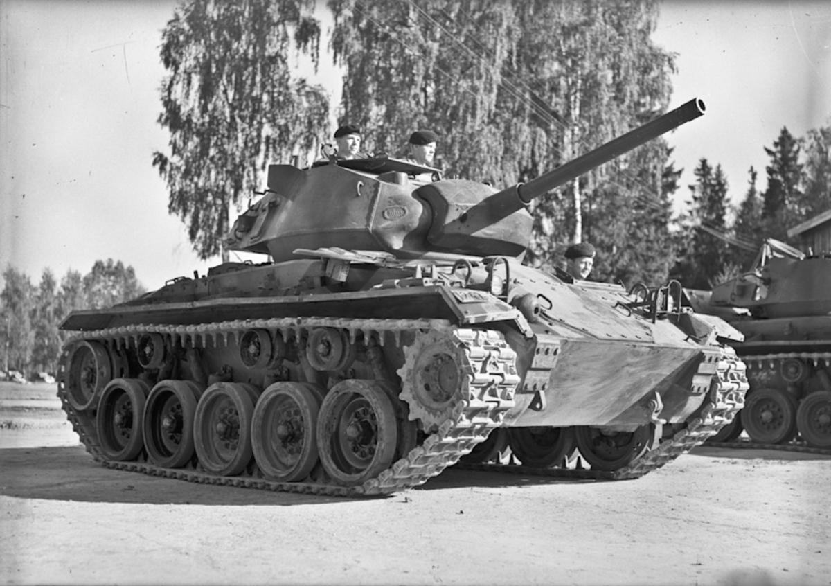 Panservogn / stridsvogn. 21.08.2013: Stridsvognen er en M24 Chaffee. Kom til Norge som Amerikansk våpenhjelp. Skrevet av: Vidar Hansen