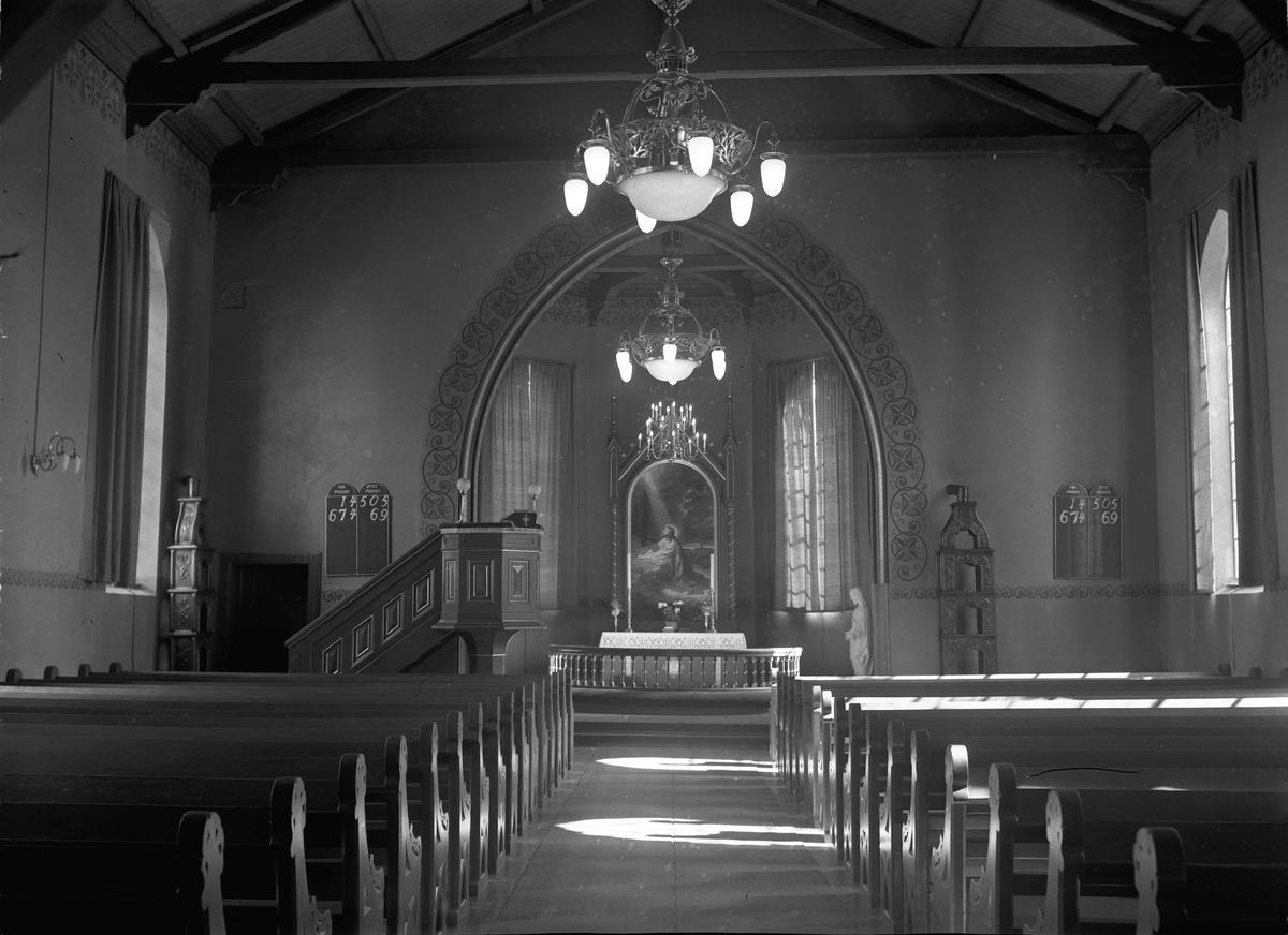 Interiør, kirke.
