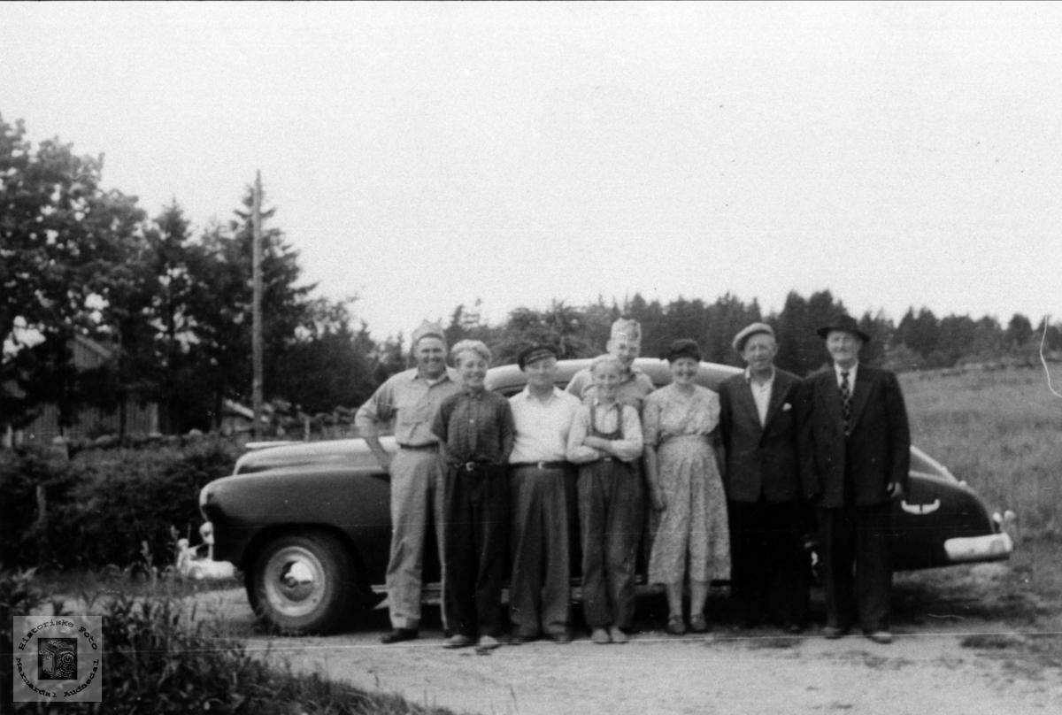 Amerikanarar fra Tysklandsbrigaden besøker slekta på Bruskeland i Laudal..