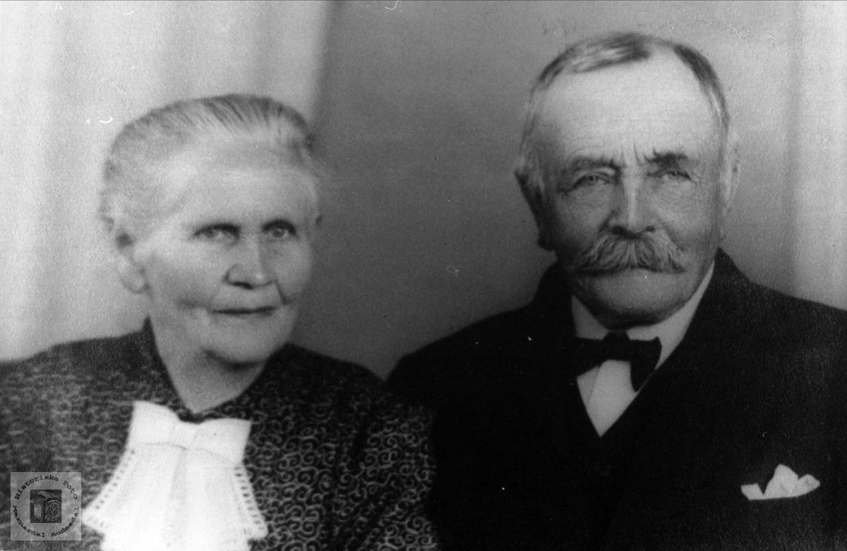 Ekteparet Andrea og Ola Brunvatne, Øyslebø.