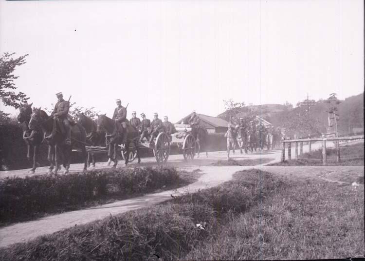 """Enligt text som medföljde bilden: """"Fälttjänstövningarna i Bohuslän 21/9 1907""""."""