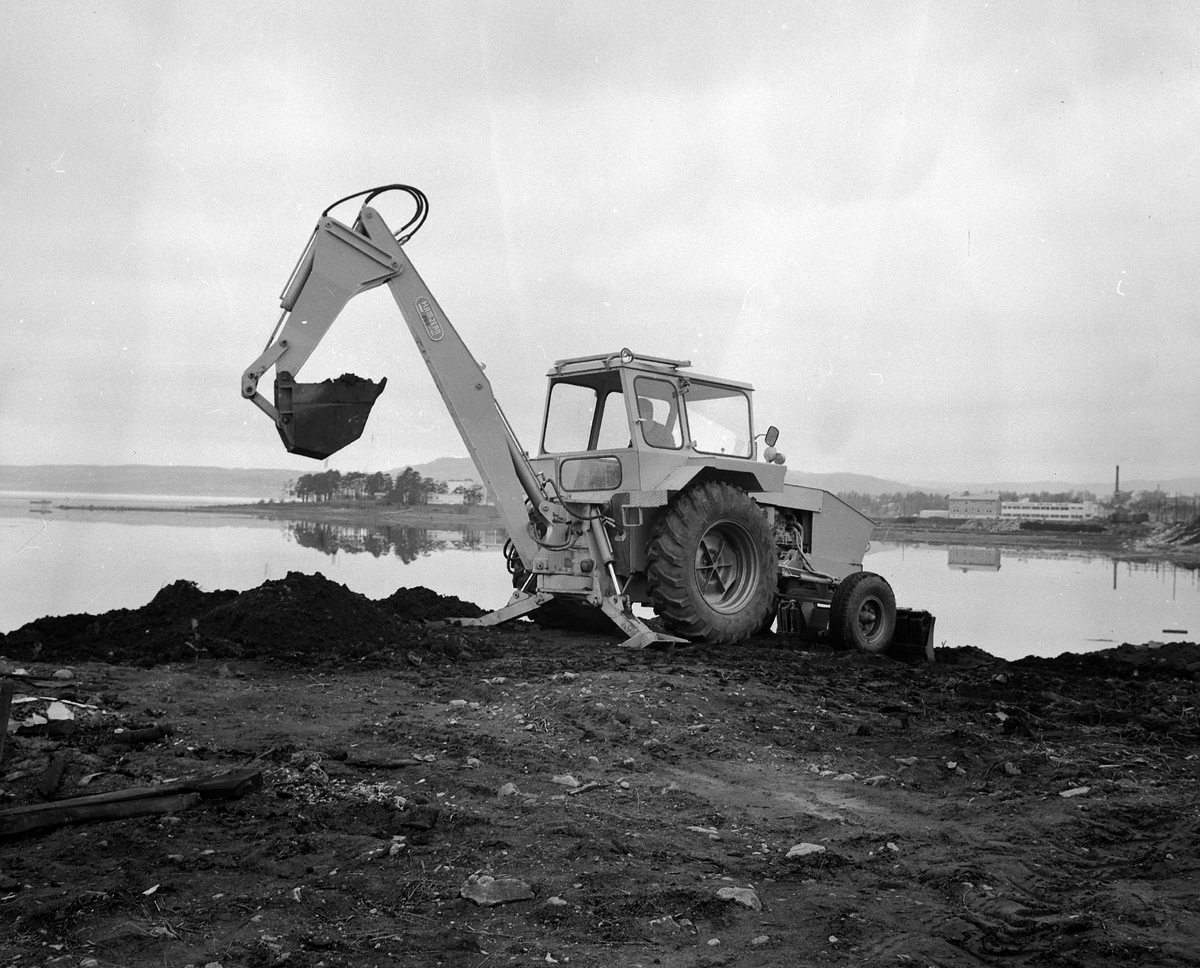 Hamjern traktorgraver, gravemaskin, Hamar jernstøperi.